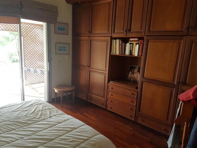 Deluxe sale house / villa La possession 725000€ - Picture 7