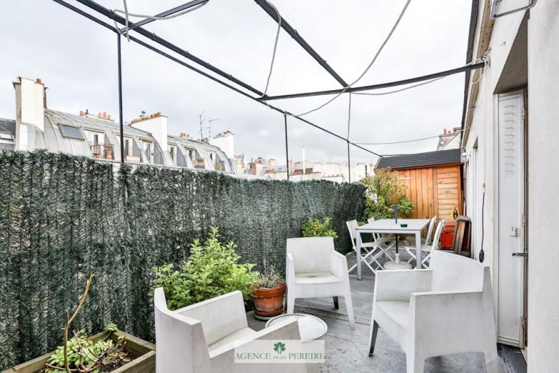 Deluxe sale apartment Paris 9ème 1050000€ - Picture 3
