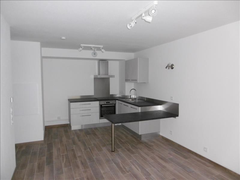 Rental apartment Bartenheim 600€ CC - Picture 2