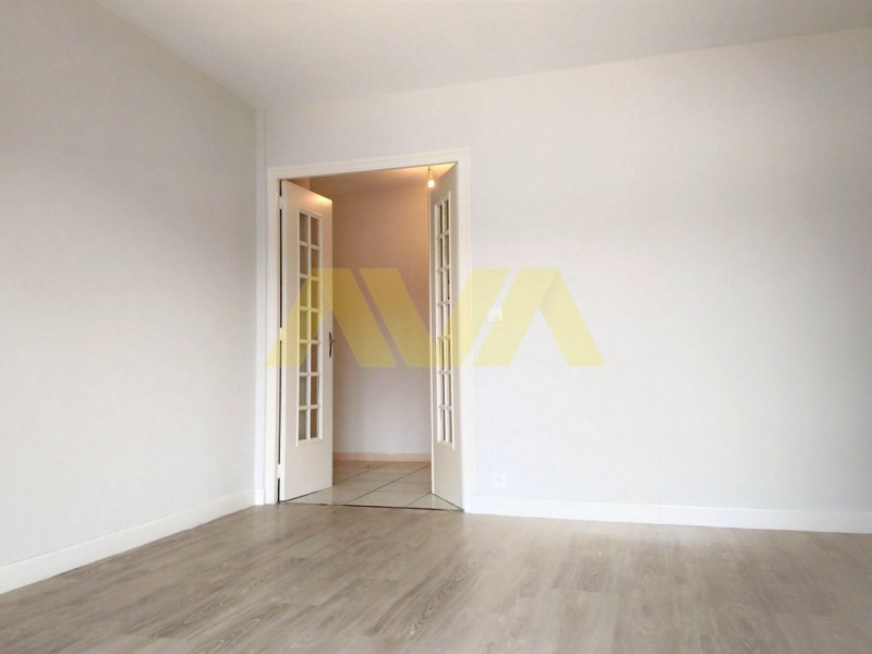 Location appartement Oloron-sainte-marie 537€ CC - Photo 2