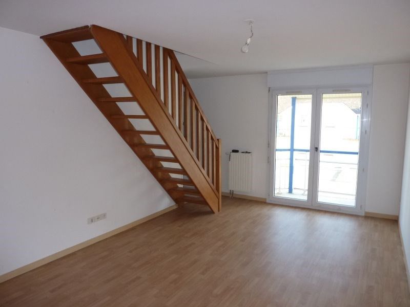 Rental apartment Pontivy 420€ CC - Picture 2