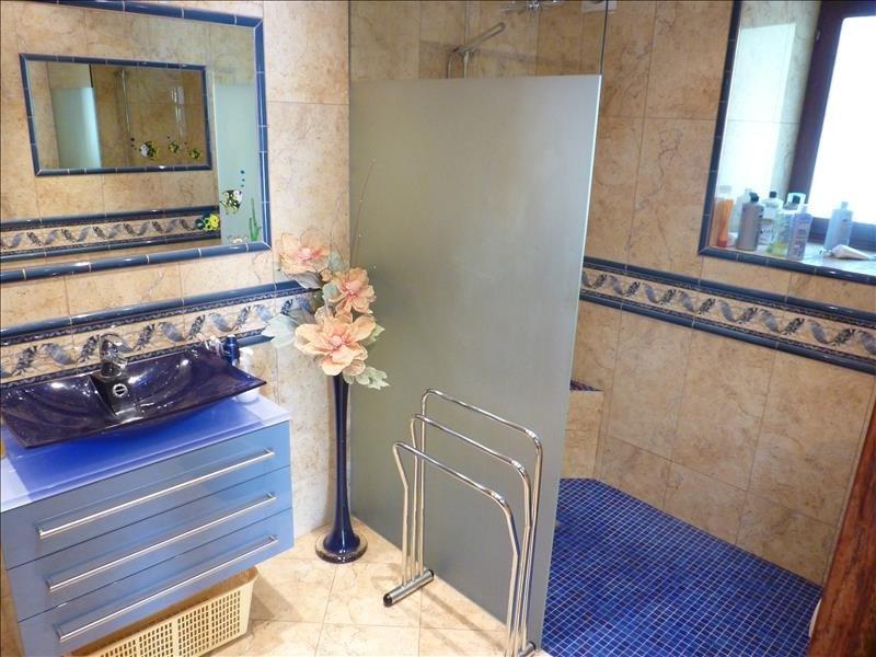 Sale house / villa Pont croix 364000€ - Picture 10