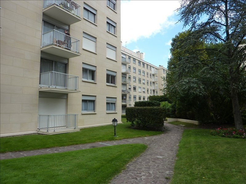 Location appartement Rambouillet 765€ CC - Photo 1