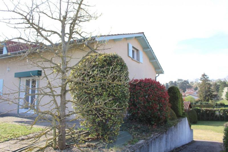 Maison d'habitation + locaux professionnels