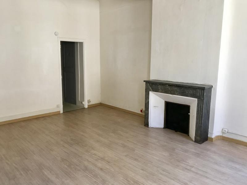 Rental apartment Aix en provence 584€ CC - Picture 3