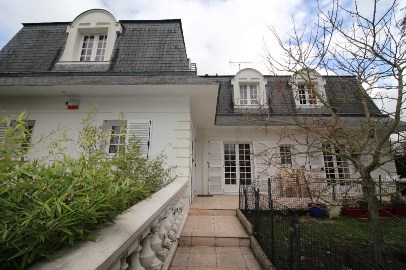 Sale house / villa Conflans ste honorine 709000€ - Picture 1