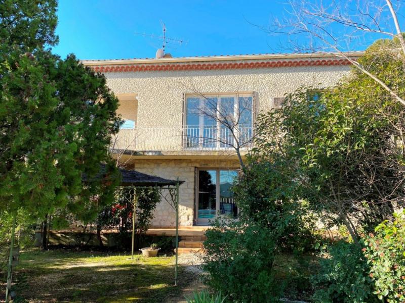 Maison Villeneuve Les Avignon 7 pièce (s) 160 m²