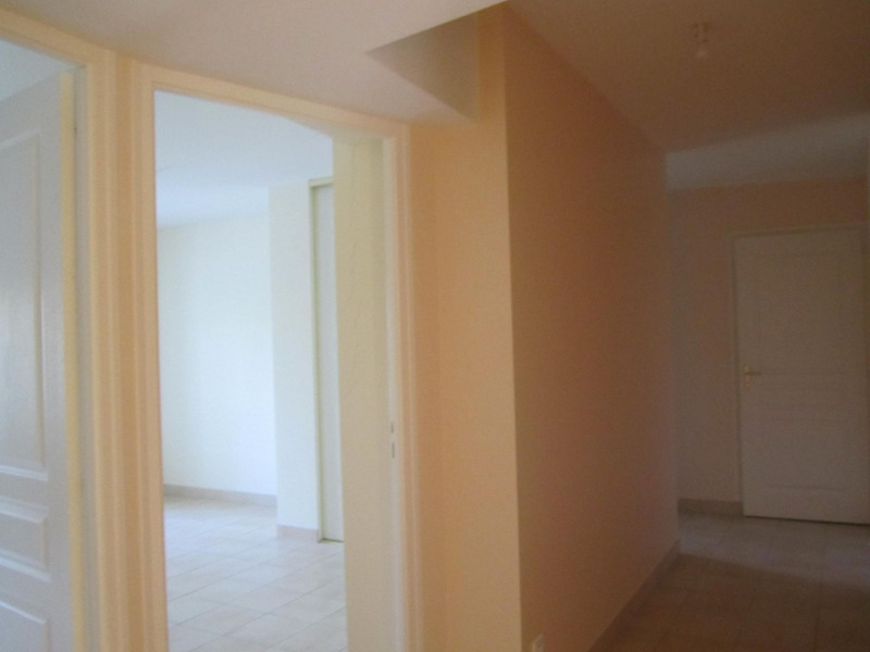Location maison / villa Mortiers 615€ CC - Photo 7