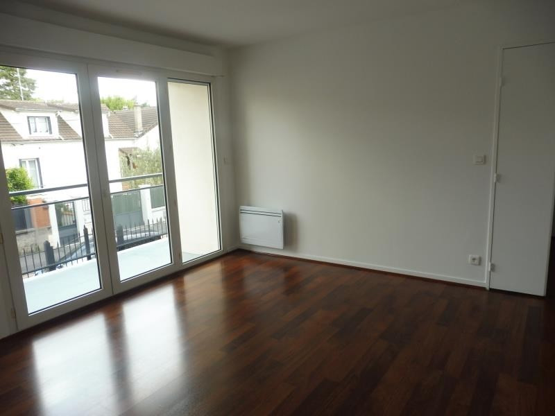 Rental apartment Villemomble 785€ CC - Picture 3