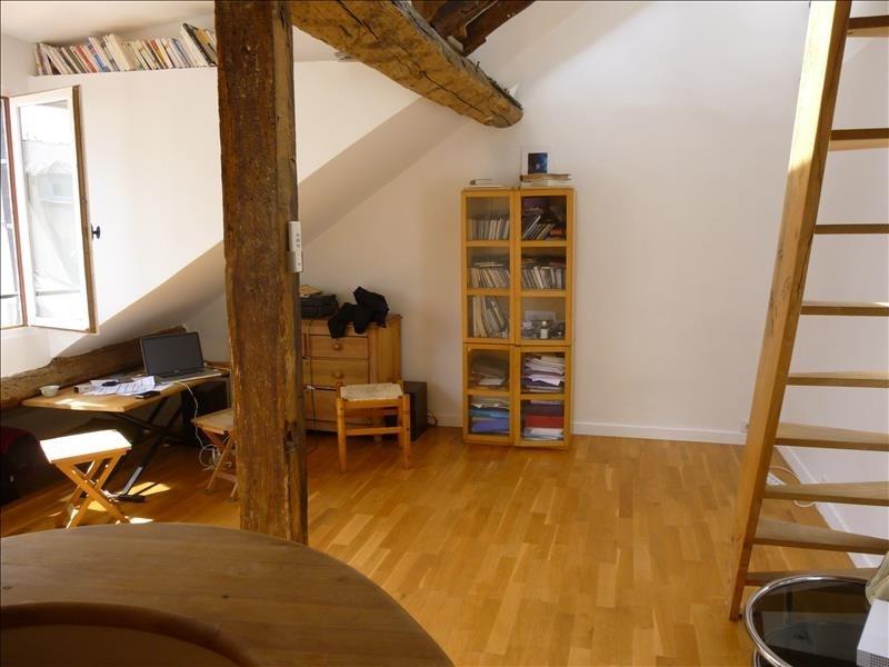 Sale apartment Paris 3ème 295000€ - Picture 2