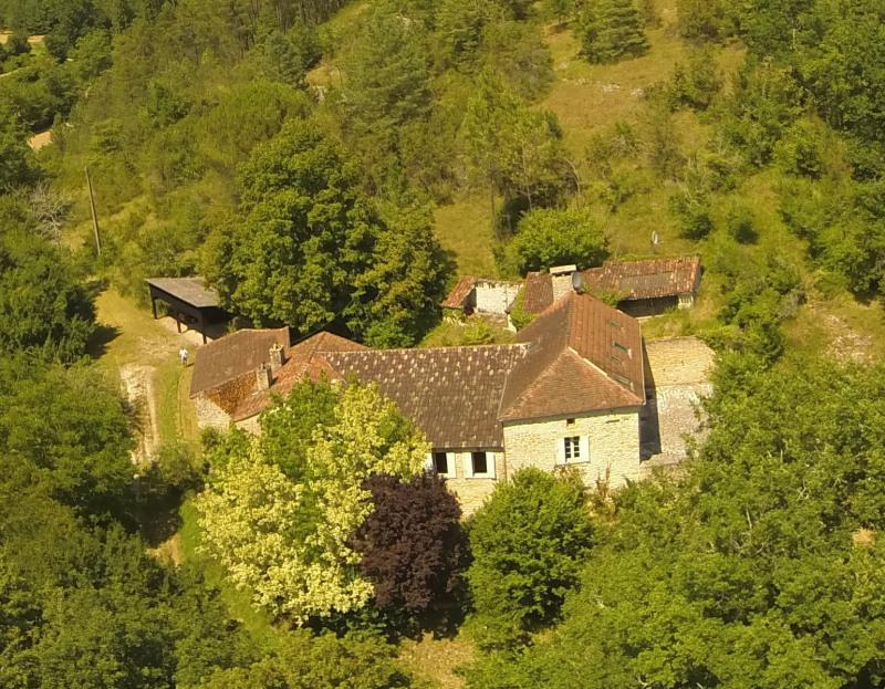 Sale house / villa Saint-germain-de-belves 339200€ - Picture 2