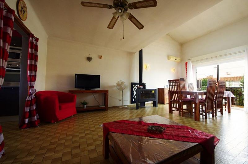 Vente maison / villa St genis des fontaines 245000€ - Photo 9