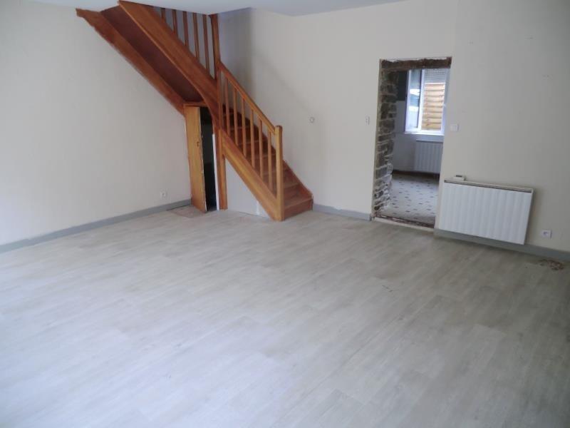 Sale house / villa La chapelle janson 59400€ - Picture 2