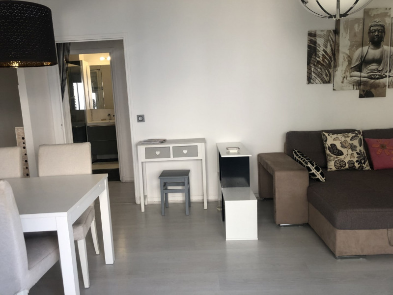 Location appartement Saint-raphaël 770€ CC - Photo 3