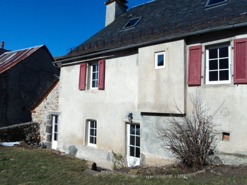 Location maison / villa Saint-chely-d'aubrac 550€ CC - Photo 1