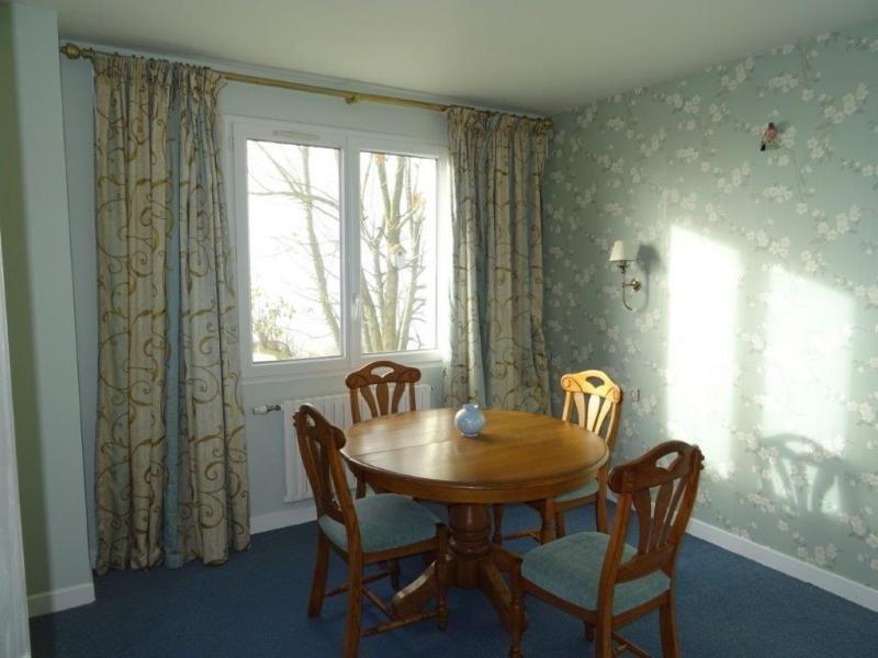 Sale house / villa Plourac h 101650€ - Picture 4