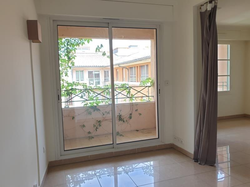 Rental apartment Aix en provence 880€ CC - Picture 2