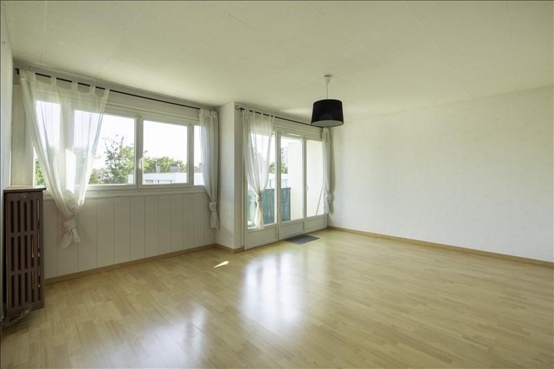 Sale apartment Villeneuve le roi 156000€ - Picture 2