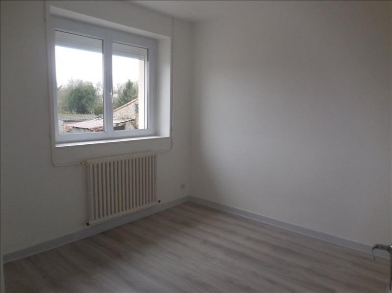 Rental apartment La roche sur yon 509€ CC - Picture 4