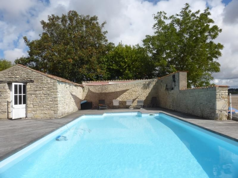 Vente de prestige maison / villa 18 mn de la rochelle 695000€ - Photo 2