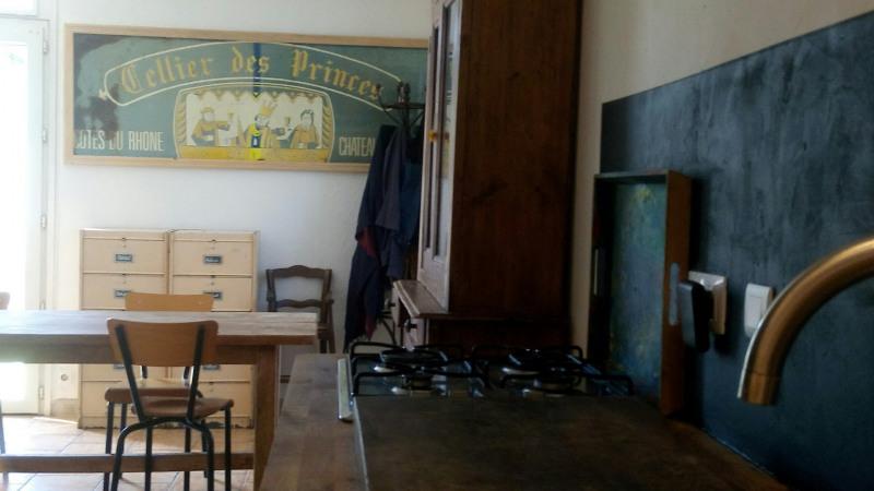 Sale house / villa Bedarrides 147000€ - Picture 2