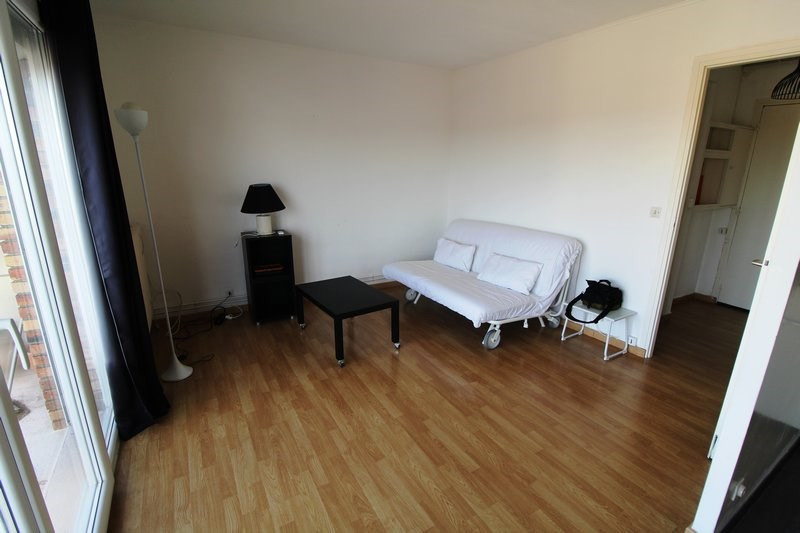 Rental apartment Maurepas 690€ CC - Picture 2