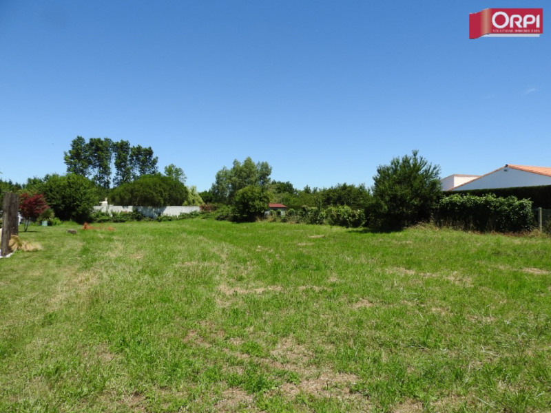 Terrain L Eguille 1693 m²