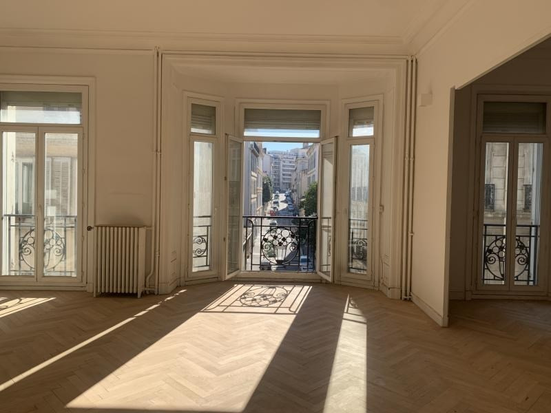 Alquiler  apartamento Marseille 6ème 2150€ CC - Fotografía 2