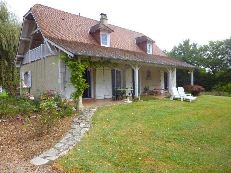 Sale house / villa Lescar 320000€ - Picture 1