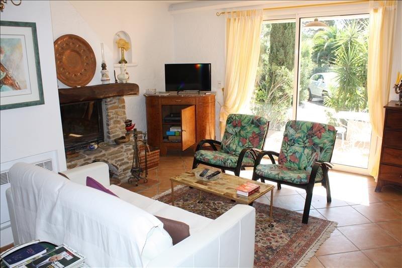 Deluxe sale house / villa Les issambres 635000€ - Picture 9