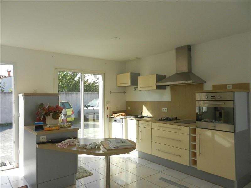Rental house / villa La rochelle 670€ CC - Picture 1