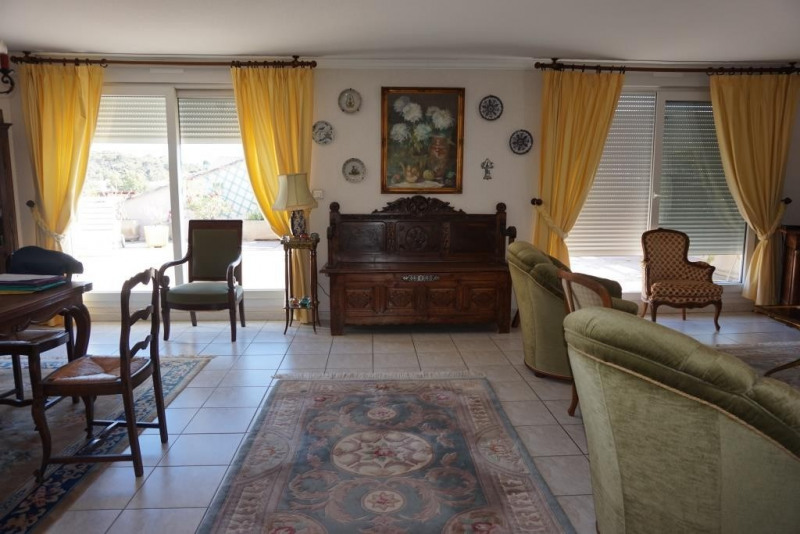 Vente de prestige appartement Hyeres 676000€ - Photo 3
