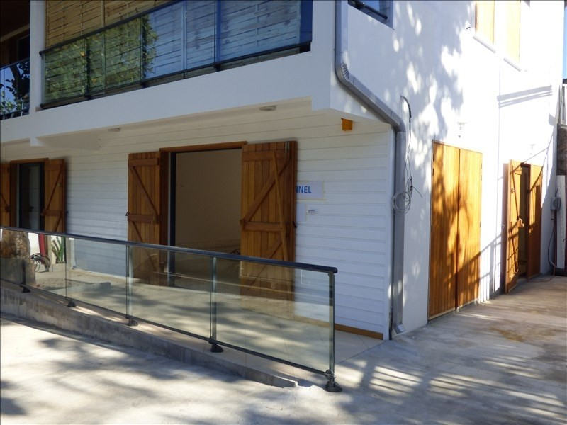 Location local commercial Ravine des cabris 950€ HT/HC - Photo 2
