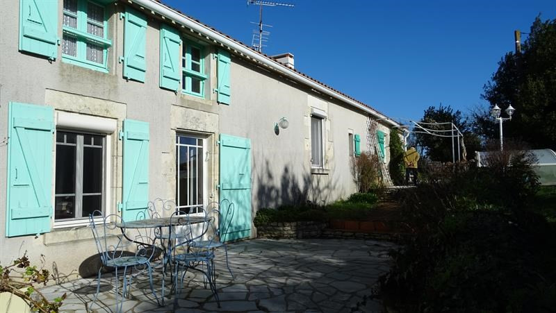 Sale house / villa Chaillé-les-marais 324 000€ - Picture 1