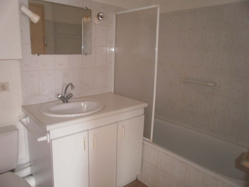 Rental apartment Gan 460€ +CH - Picture 3