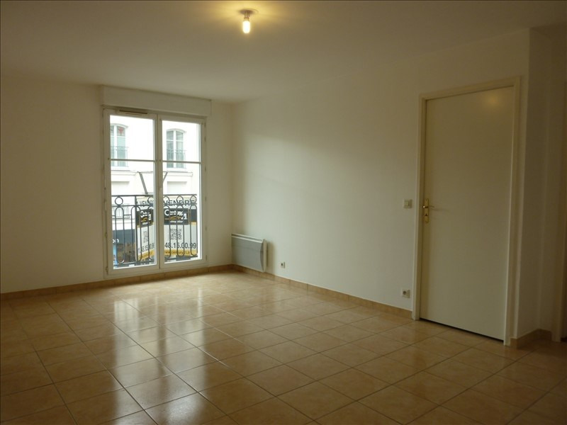 Rental apartment Noisy le grand 850€ CC - Picture 1
