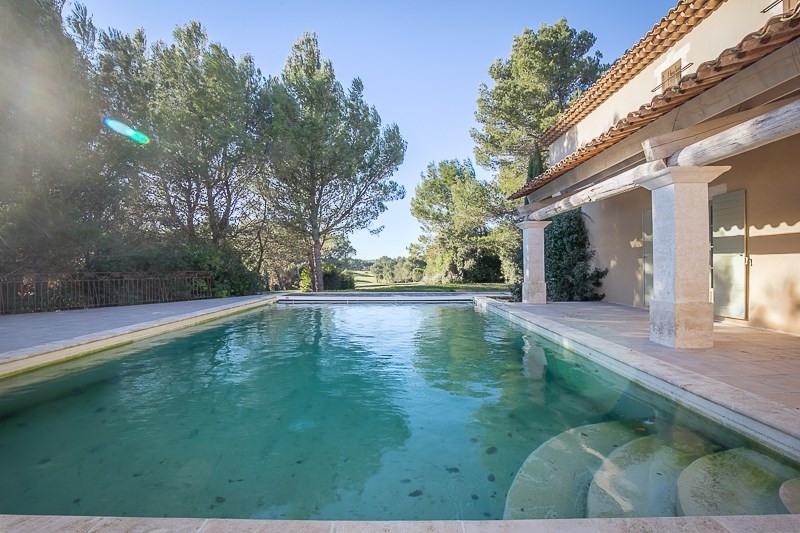 Deluxe sale house / villa Mallemort 1440000€ - Picture 1