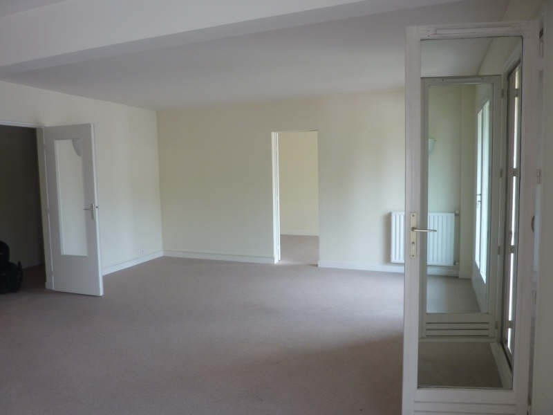 Location appartement Fontainebleau 1 550€ CC - Photo 2
