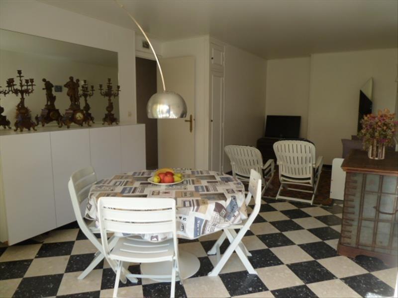 Sale apartment Canet plage 196000€ - Picture 2