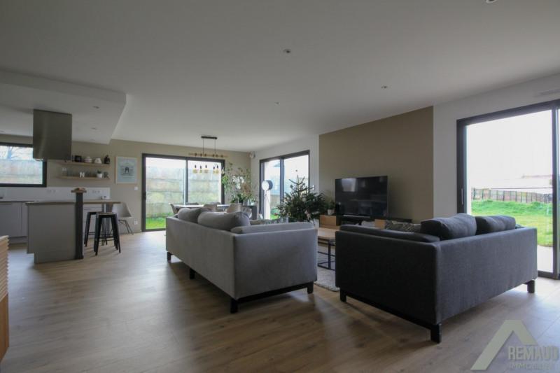 Location maison / villa Aizenay 950€ CC - Photo 1