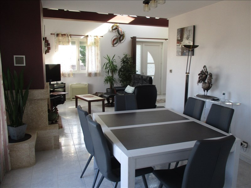 Sale house / villa Saint cyr de favieres 260000€ - Picture 8