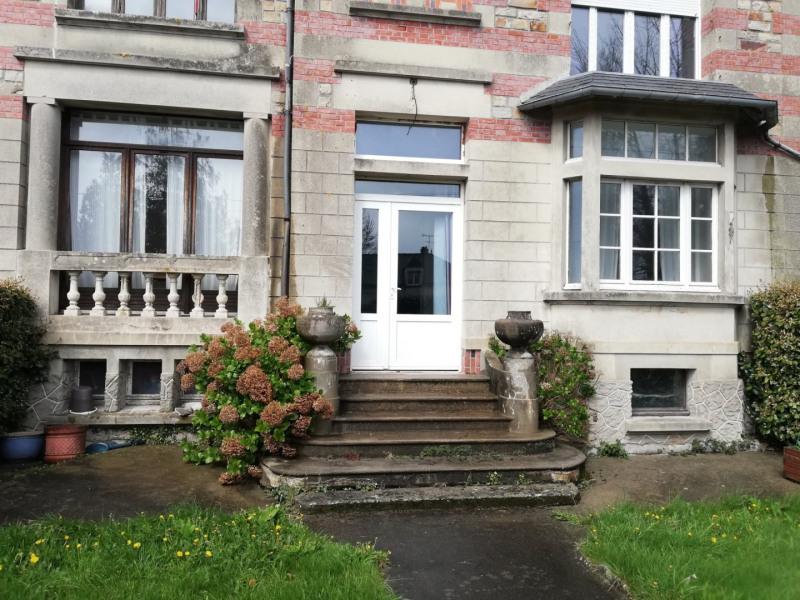 Maison rénovée: 3 appartement F3/ 1380eur rev. Locatif