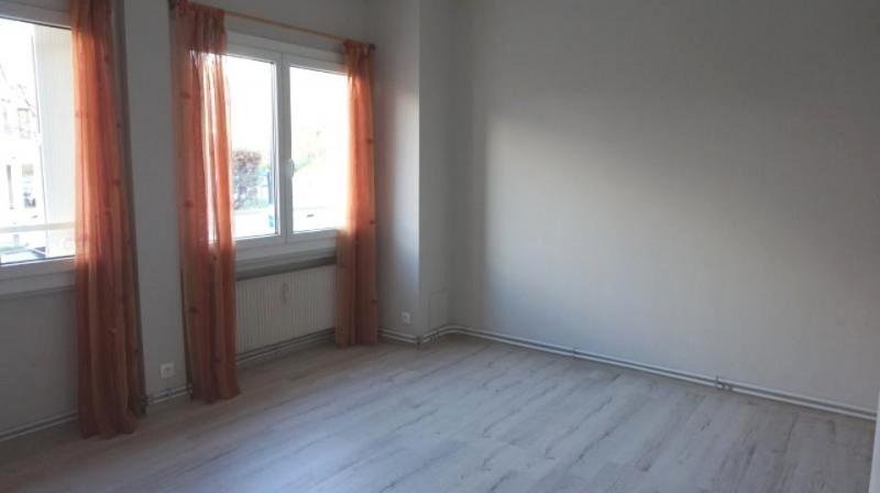 Location appartement Collonges sous saleve 690€ CC - Photo 2