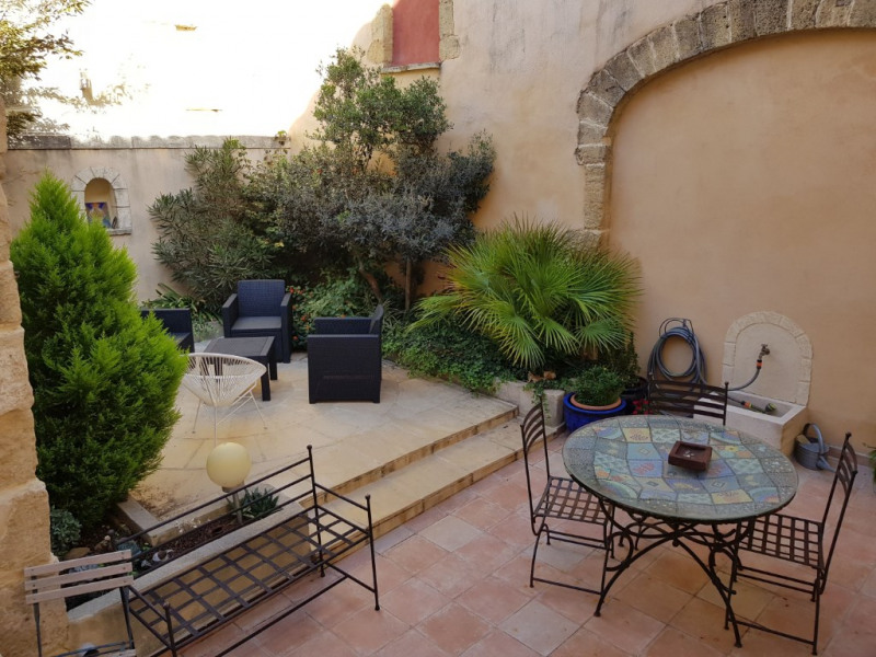 Sale house / villa Vauvert 437 000€ - Picture 1