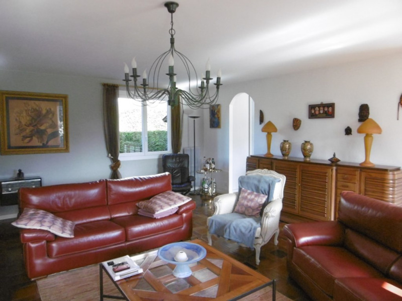 Sale house / villa Franqueville saint pierre 366000€ - Picture 5