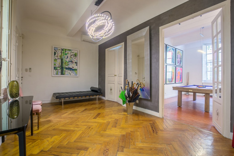 Deluxe sale apartment Aix en provence 1 250 000€ - Picture 2