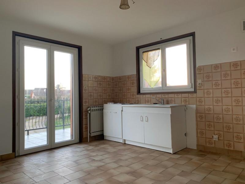 Rental house / villa La tour du pin 910€ CC - Picture 8