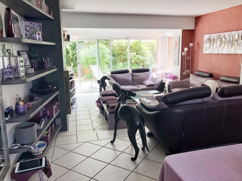 Sale house / villa Lorient 430 500€ - Picture 2