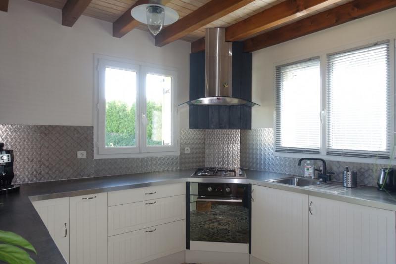 Sale house / villa La chaux-du-dombief 232000€ - Picture 2