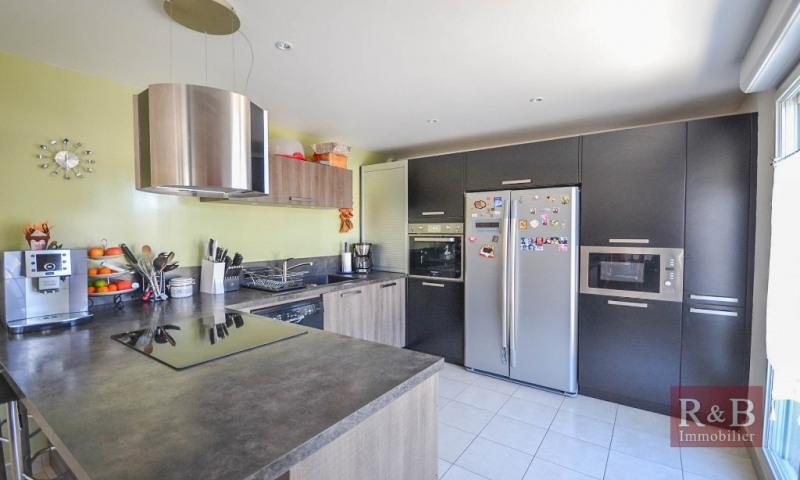 Vente maison / villa Plaisir 589000€ - Photo 4